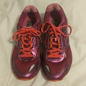 """Brooks """"Ghost 8th edition"""" running shoes"""